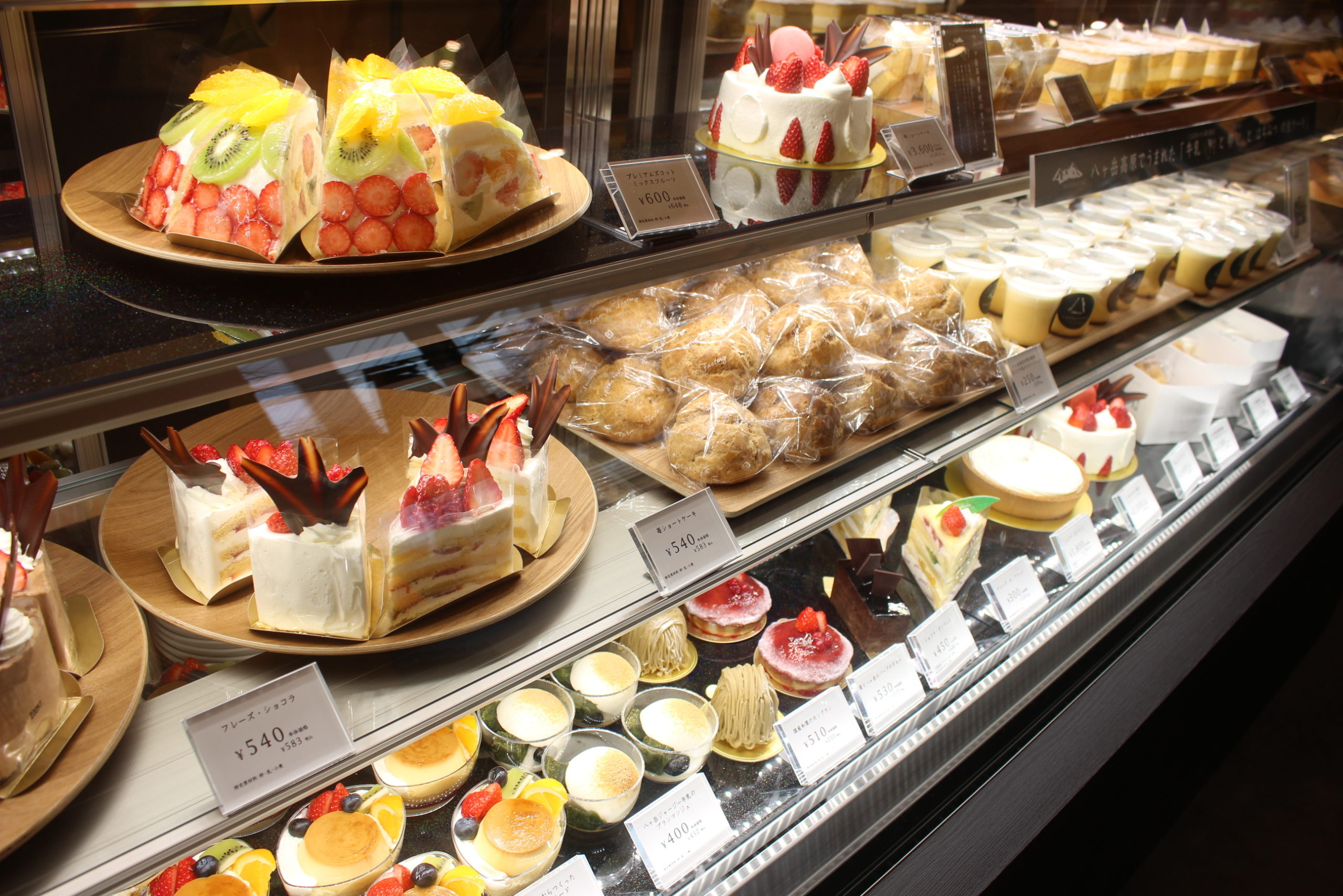 フレンチトーストやドーナツ…新店舗が次々オープンする自由が丘でスイーツさんぽ♡